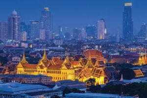 Wat Phra Kaew food courts and cinema