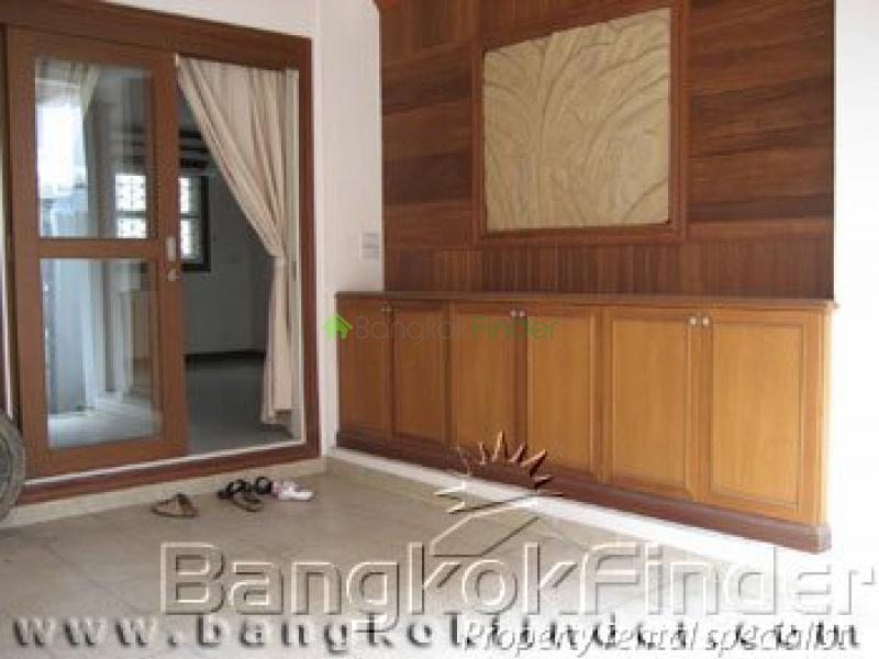Sukhumvit Phrom Phong, Phrom Phong, Bangkok, Thailand, 4 Bedrooms Bedrooms, ,5 BathroomsBathrooms,House,For Rent,Sukhumvit Phrom Phong,25
