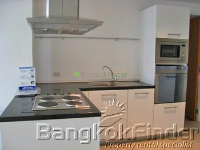 Sukhumvit Ekamai,Ekamai,Bangkok,Thailand,3 Bedrooms Bedrooms,3 BathroomsBathrooms,Condo,Fullerton,Sukhumvit Ekamai,35