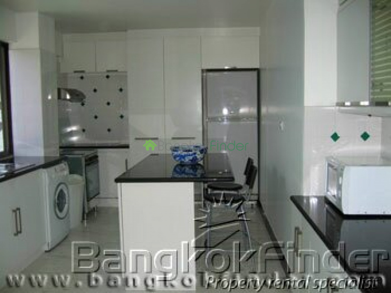 Ploenchit-Chidlom,Ploenchit-Chidlom,Bangkok,Thailand,3 Bedrooms Bedrooms,2 BathroomsBathrooms,Condo,Ploenchit-Chidlom,49