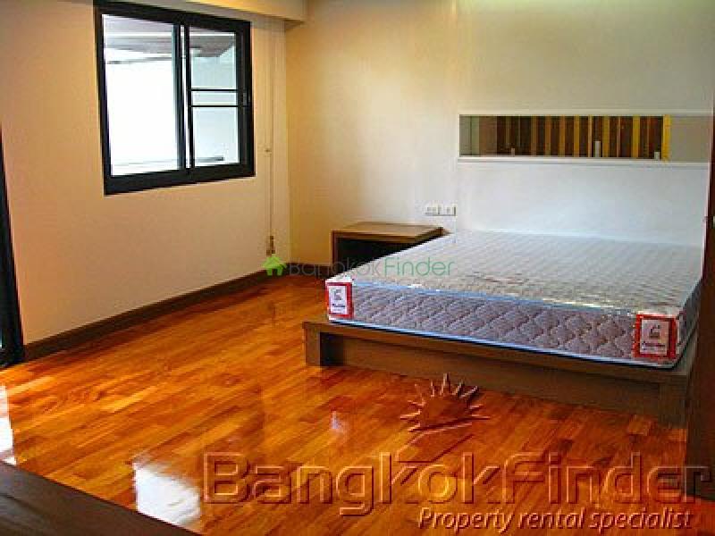 Sukhumvit Asoke,Asoke,Bangkok,Thailand,3 Bedrooms Bedrooms,3 BathroomsBathrooms,Condo,Cosmo Villa,Sukhumvit Asoke,50