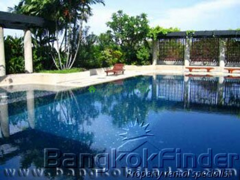 Soi Yenakard Sathorn,Sathorn,Bangkok,Thailand,2 Bedrooms Bedrooms,2 BathroomsBathrooms,Condo,Supreme Ville,Soi Yenakard Sathorn,75