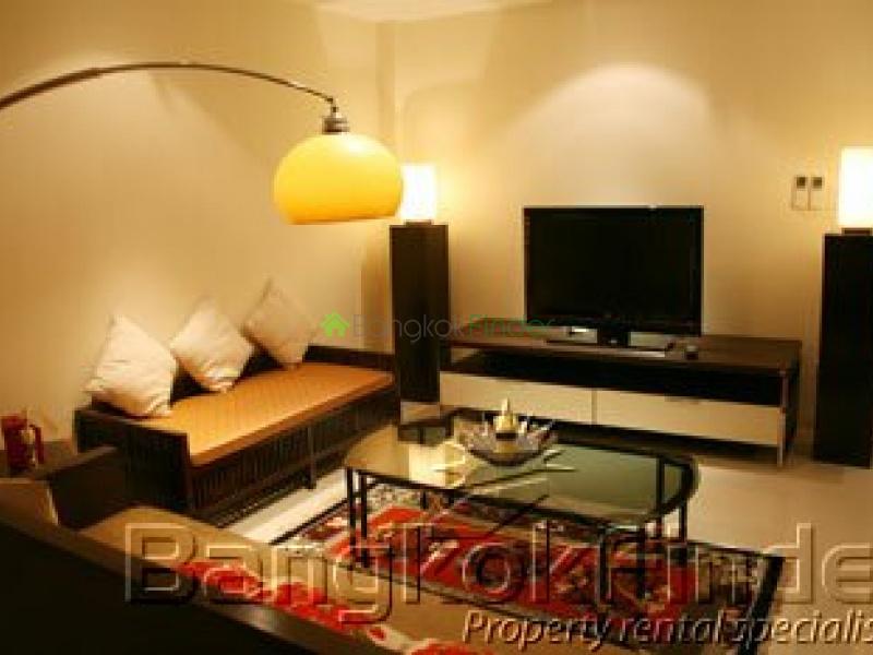 Ploenchit-Chidlom,Ploenchit-Chidlom,Bangkok,Thailand,4 Bedrooms Bedrooms,3 BathroomsBathrooms,House,Ploenchit-Chidlom,281