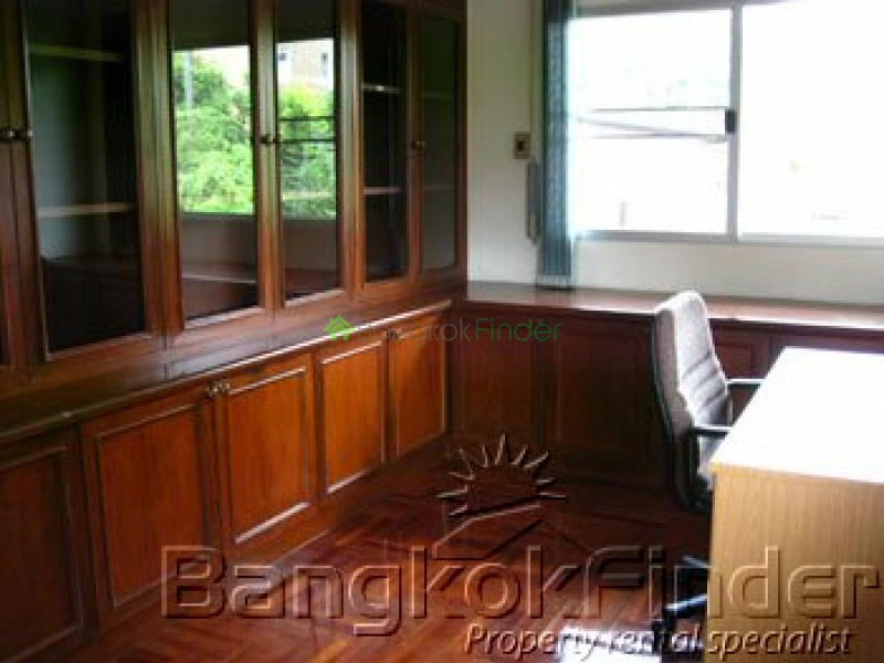 Sukhumvit-Thonglor, Thonglor, Bangkok, Thailand, 3 Bedrooms Bedrooms, ,3 BathroomsBathrooms,House,Rented,Sukhumvit-Thonglor,289