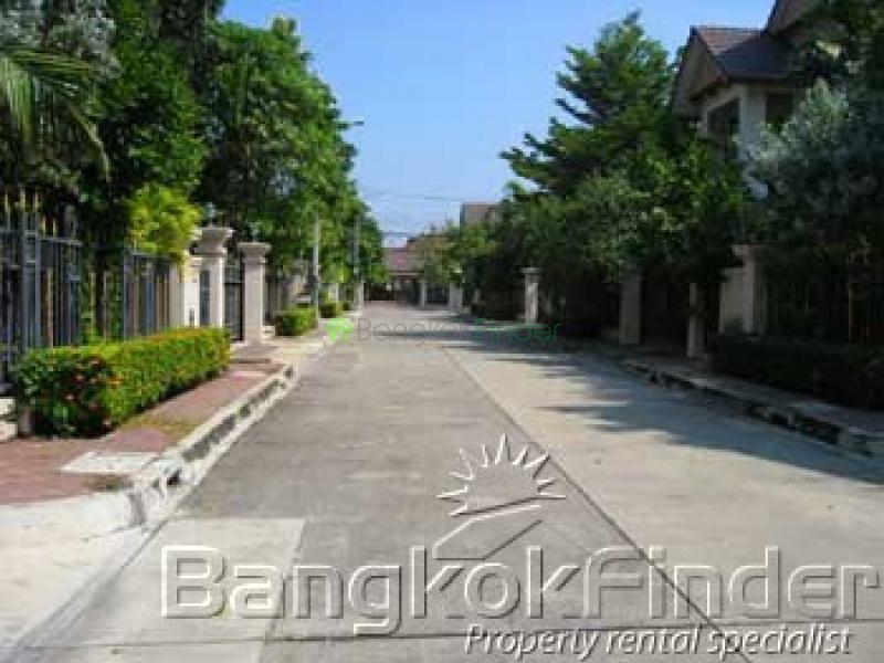 Ramkhamhaeng,Ramkhamhaeng,Bangkok,Thailand,3 Bedrooms Bedrooms,3 BathroomsBathrooms,House,Laddarom Ramkhamhaeng,Ramkhamhaeng,358