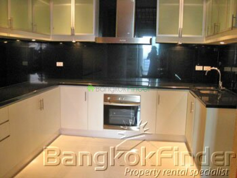 Ploenchit-Chidlom,Ploenchit-Chidlom,Bangkok,Thailand,5 Bedrooms Bedrooms,Condo,Royal Residence Park,Ploenchit-Chidlom,473