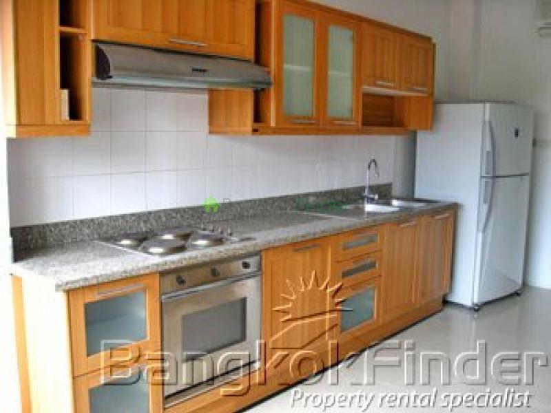Sathorn,Sathorn,Bangkok,Thailand,4 Bedrooms Bedrooms,4 BathroomsBathrooms,Penthouse,Serenity Park,Sathorn,538