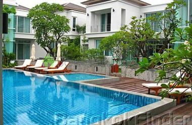 Pattanakarn, Pattanakarn, Bangkok, Thailand, 4 Bedrooms Bedrooms, ,5 BathroomsBathrooms,House,For Rent,Pattanakarn,948