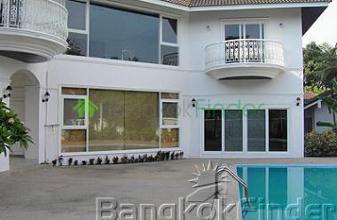 4 bedroom house for rent bangkok thailand