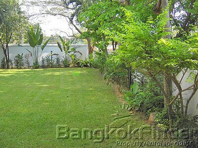 4 bedroom house for rent bangkok thailand