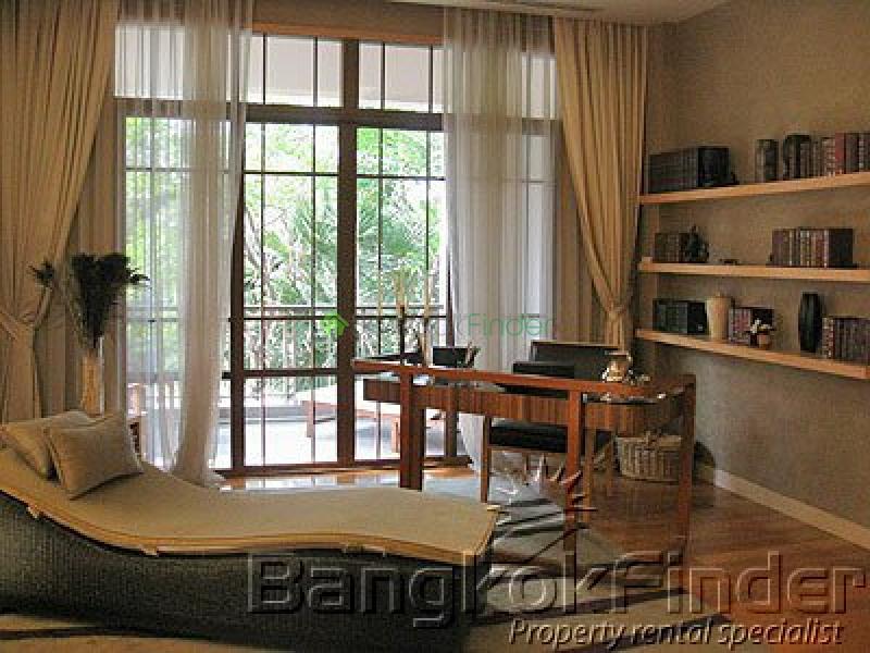 Sukhumvit-Phra Kanong,Phra Kanong,Bangkok,Thailand,4 Bedrooms Bedrooms,5 BathroomsBathrooms,House,Sukhumvit-Phra Kanong,2117