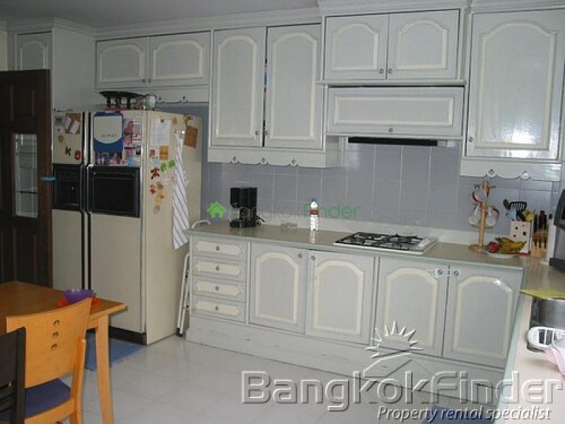 Ramkhamhaeng,Ramkhamhaeng,Bangkok,Thailand,4 Bedrooms Bedrooms,4 BathroomsBathrooms,House,Ramkhamhaeng,2452