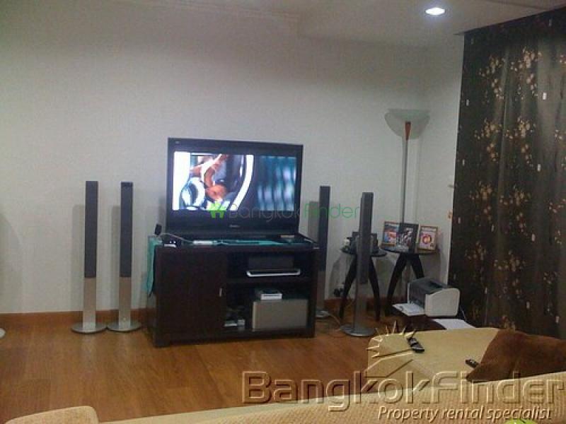15 Sukhumvit, Nana, Bangkok, Thailand, 3 Bedrooms Bedrooms, ,3 BathroomsBathrooms,Condo,Sold,Wattana Suites,Sukhumvit,2641