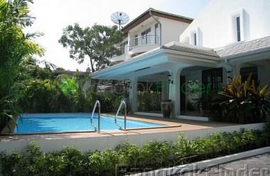 Sukhumvit-Phra Kanong, Phra Khanong, Bangkok, Thailand, 3 Bedrooms Bedrooms, ,3 BathroomsBathrooms,House,For Rent,Sukhumvit-Phra Kanong,2773