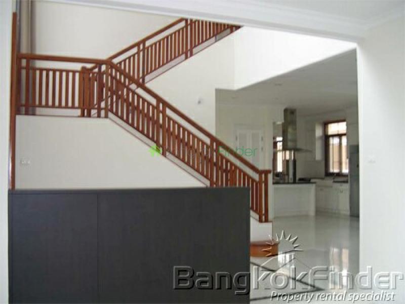 Pattanakarn, Pattanakarn, Bangkok, Thailand, 3 Bedrooms Bedrooms, ,4 BathroomsBathrooms,House,Sold,Pattanakarn,3002