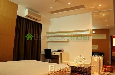 Ploenchit-Chidlom, Ploenchit, Bangkok, Thailand, 1 Bedroom Bedrooms, ,1 BathroomBathrooms,Condo,For Rent,Baan Navarang,Ploenchit-Chidlom,3176