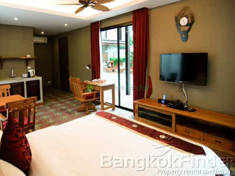 39 Sukhumvit, Phrom Phong, Bangkok, Thailand, 5 Bedrooms Bedrooms, ,5 BathroomsBathrooms,House,For Rent,Sukhumvit,3373