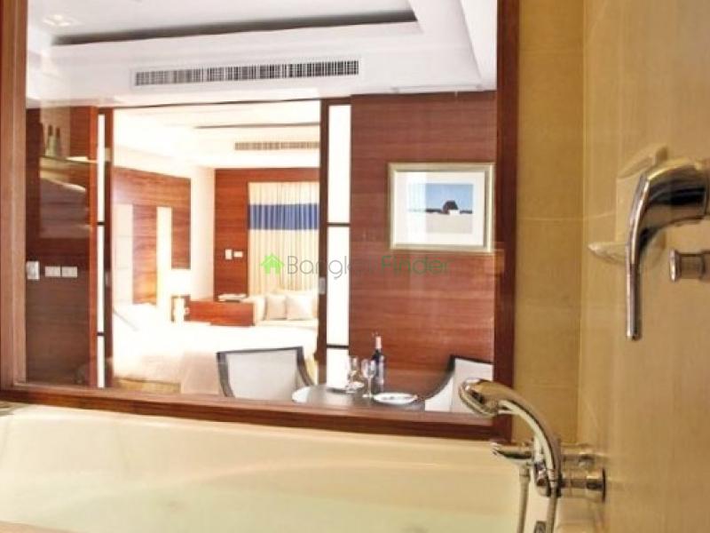 Asoke,Bangkok,Thailand,1 Bedroom Bedrooms,1 BathroomBathrooms,Town House,3654
