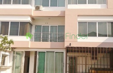 Phrom Phong, Bangkok, Thailand, 4 Bedrooms Bedrooms, ,5 BathroomsBathrooms,House,For Rent,3908