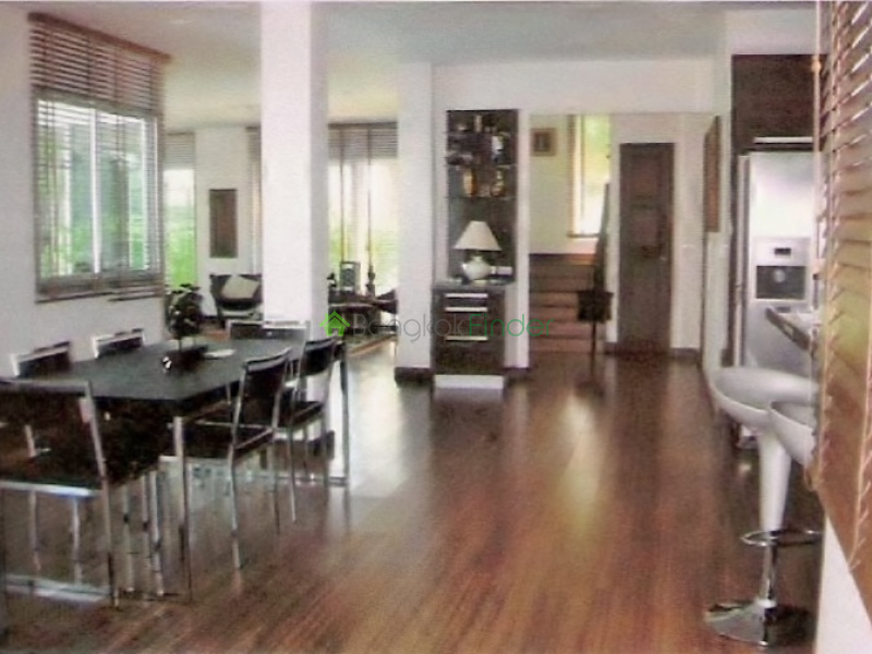 Bangna-Srinakarin, Bangkok, Thailand, 4 Bedrooms Bedrooms, ,4 BathroomsBathrooms,House,For Rent,3973