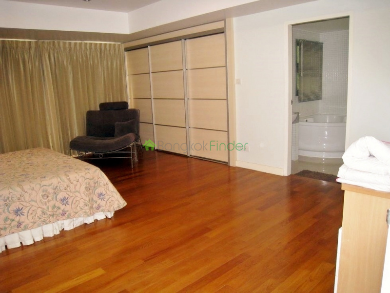 Phrom Phong,Bangkok,Thailand,4 Bedrooms Bedrooms,5 BathroomsBathrooms,House,4037