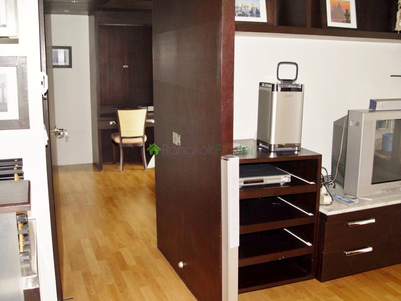 Silom,Bangkok,Thailand,1 Bedroom Bedrooms,1 BathroomBathrooms,Condo,RCK State Tower,4161