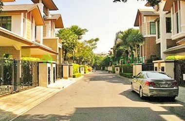 Phra Khanong- Bangkok- Thailand, 4 Bedrooms Bedrooms, ,4 BathroomsBathrooms,House,Sold,4178