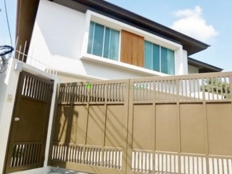 Thonglor, Bangkok, Thailand, 3 Bedrooms Bedrooms, ,4 BathroomsBathrooms,House,For Rent,4273