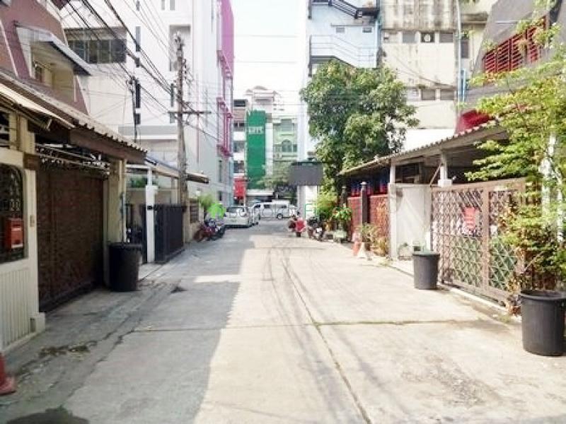 Thonglor,Bangkok,Thailand,5 Bedrooms Bedrooms,5 BathroomsBathrooms,House,4280