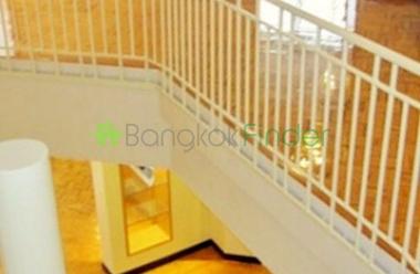 Ekamai, Bangkok, Thailand, 4 Bedrooms Bedrooms, ,4 BathroomsBathrooms,Condo,For Rent,Taiping Tower,4300