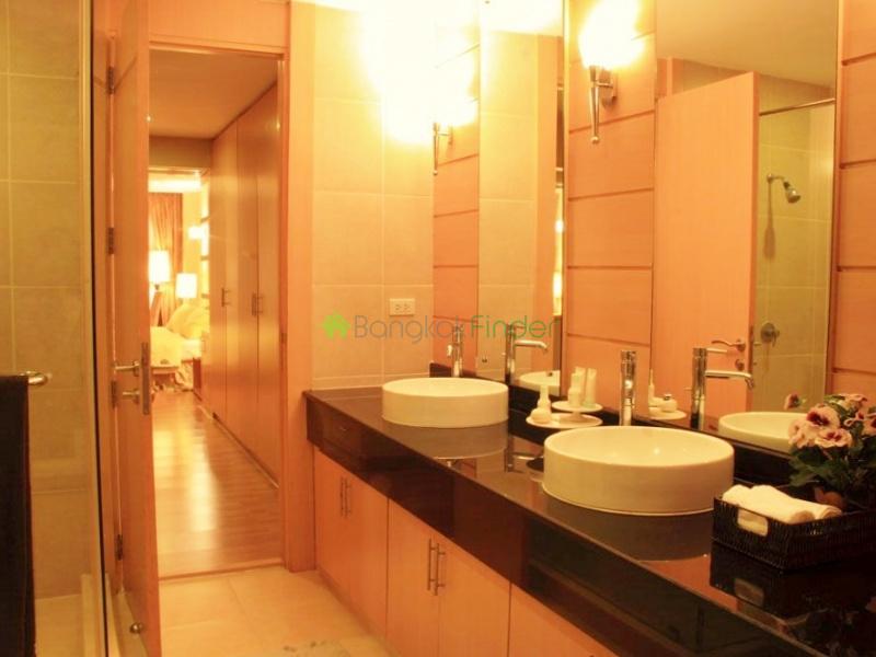 Asoke,Bangkok,Thailand,2 Bedrooms Bedrooms,2 BathroomsBathrooms,Condo,4322