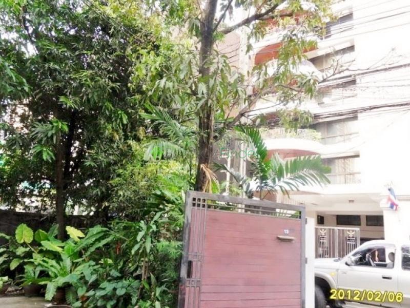 Sukhumvit 3,Bangkok,Thailand,3 Bedrooms Bedrooms,3 BathroomsBathrooms,House,Sukhumvit 3,4323