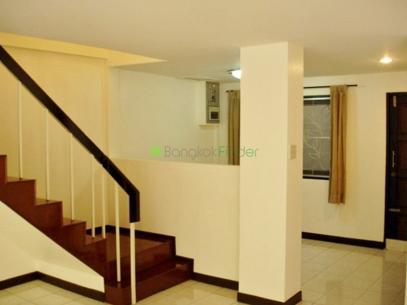 Thonglor,Bangkok,Thailand,3 Bedrooms Bedrooms,3 BathroomsBathrooms,House,4336