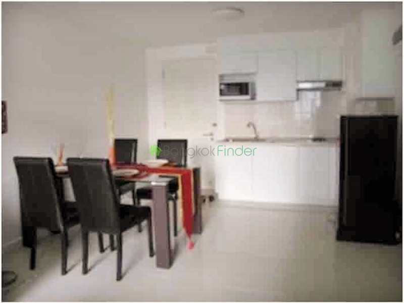 Thonglor, Bangkok, Thailand, 2 Bedrooms Bedrooms, ,2 BathroomsBathrooms,Condo,For Rent,The Clover,4404