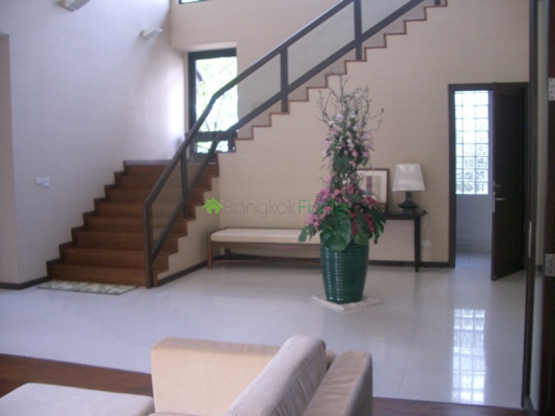 Phra Khanong, Bangkok, Thailand, 3 Bedrooms Bedrooms, ,3 BathroomsBathrooms,House,For Rent,4407