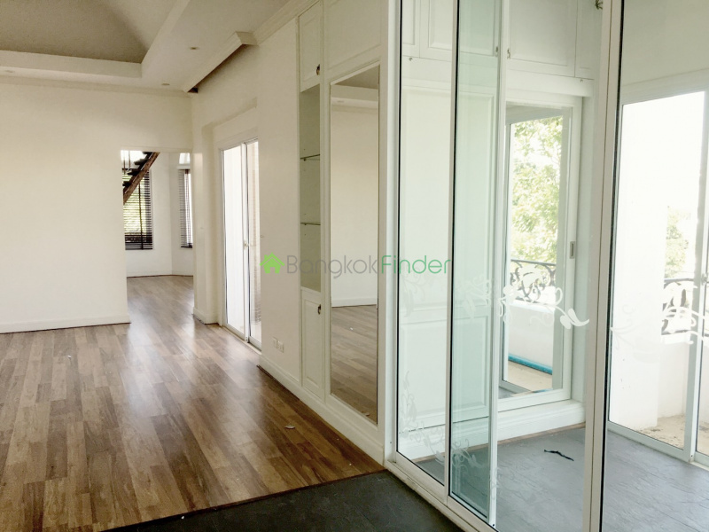 Bangna-Srinakarin, Bangkok, Thailand, 5 Bedrooms Bedrooms, ,6 BathroomsBathrooms,House,For Rent,4456