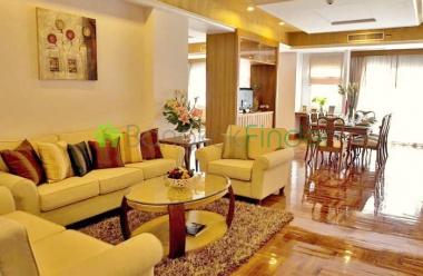 Nana, Bangkok, Thailand, 3 Bedrooms Bedrooms, ,3 BathroomsBathrooms,Condo,For Rent,Chaidee Mansion,4491