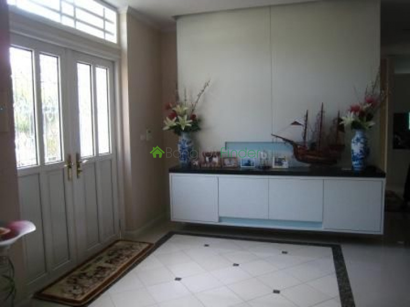 Ladprao- Bangkok- Thailand, 4 Bedrooms Bedrooms, ,4 BathroomsBathrooms,House,Rented,4608