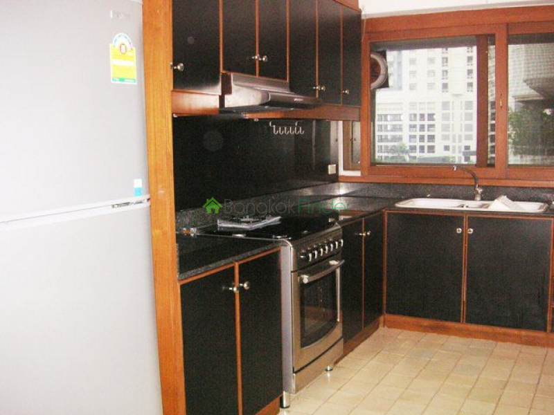Nana, Bangkok, Thailand, 3 Bedrooms Bedrooms, ,3 BathroomsBathrooms,Condo,For Rent,Tower Park,4664