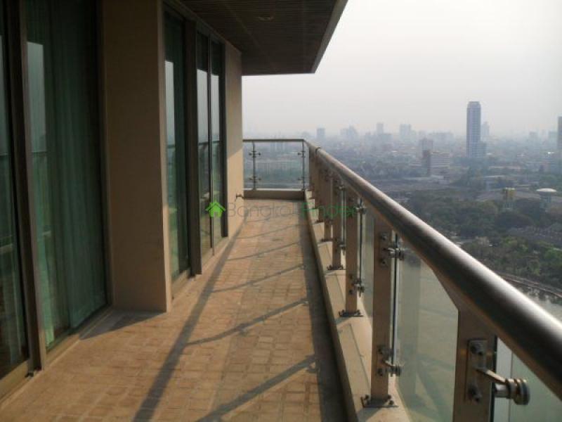 Asoke,Bangkok,Thailand,3 Bedrooms Bedrooms,3 BathroomsBathrooms,Condo,4678