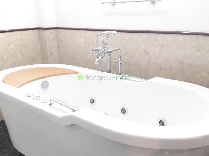 Bangna-Srinakarin, Bangkok, Thailand, 5 Bedrooms Bedrooms, ,5 BathroomsBathrooms,House,For Rent,4692