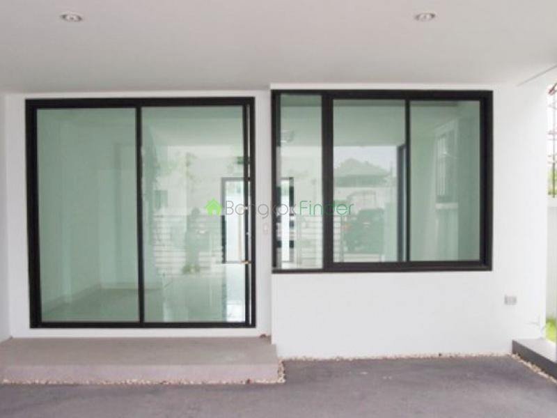 Rama 9,Bangkok,Thailand,2 Bedrooms Bedrooms,2 BathroomsBathrooms,House,Nirvana @ Work,4756
