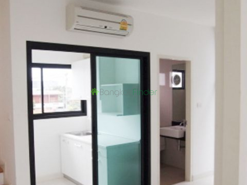 Rama 9, Bangkok, Thailand, 2 Bedrooms Bedrooms, ,2 BathroomsBathrooms,House,For Rent,4756