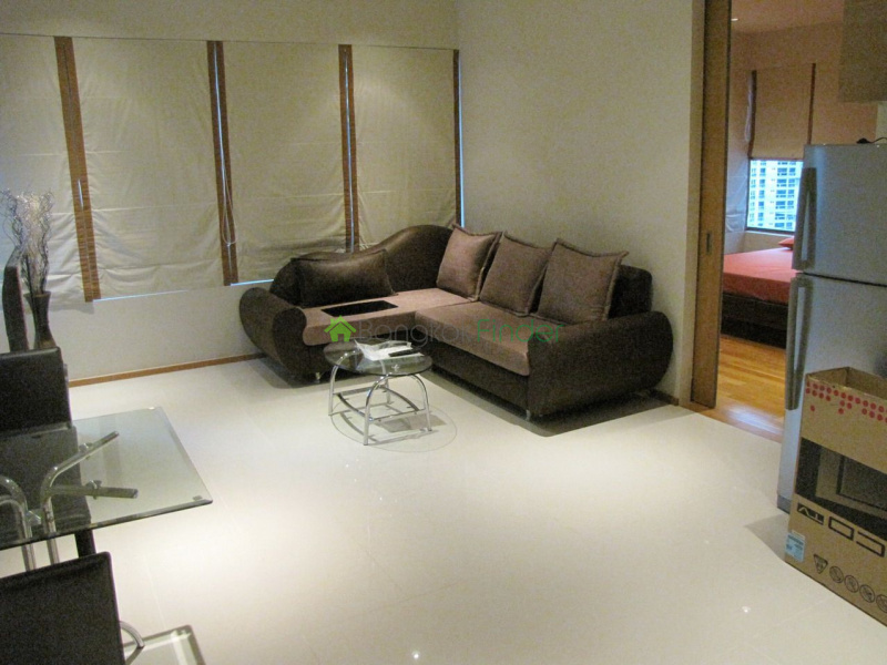 24 Sukhumvit, Phrom Phong, Bangkok, Thailand, 1 Bedroom Bedrooms, ,1 BathroomBathrooms,Condo,For Rent,The Emporio Place,Sukhumvit,4806