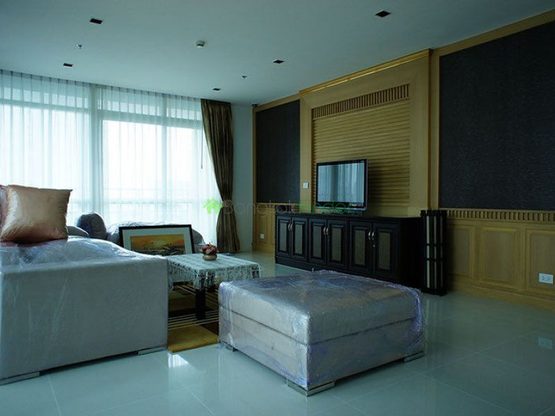 Ploenchit, Bangkok, Thailand, 4 Bedrooms Bedrooms, ,4 BathroomsBathrooms,Condo,For Rent,Athenee Residence,4835