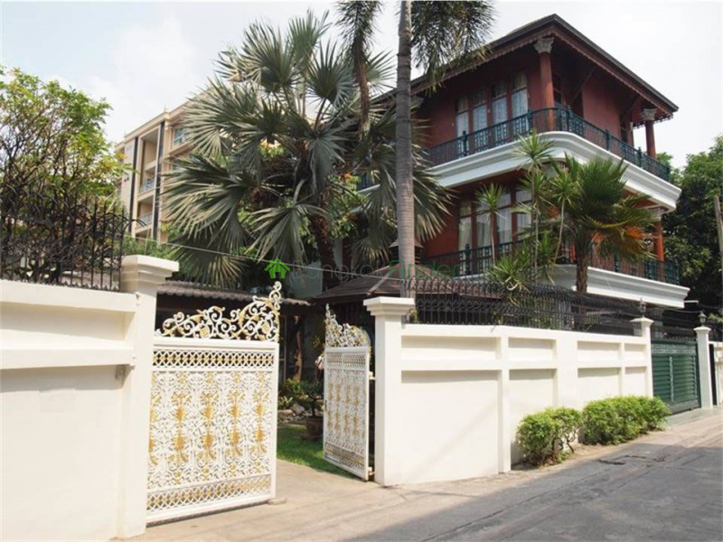 Ekamai,Bangkok,Thailand,2 Bedrooms Bedrooms,3 BathroomsBathrooms,House,House#25,4867