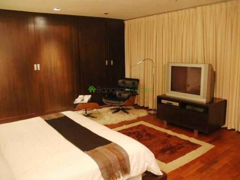 Ploenchit-Chidlom,Bangkok,Thailand,2 Bedrooms Bedrooms,2 BathroomsBathrooms,Condo,4898