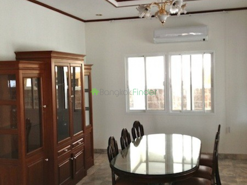 Srinakarin, Bangna-Srinakarin, Bangkok, Thailand, 4 Bedrooms Bedrooms, ,4 BathroomsBathrooms,House,For Rent,Srinakarin,4918