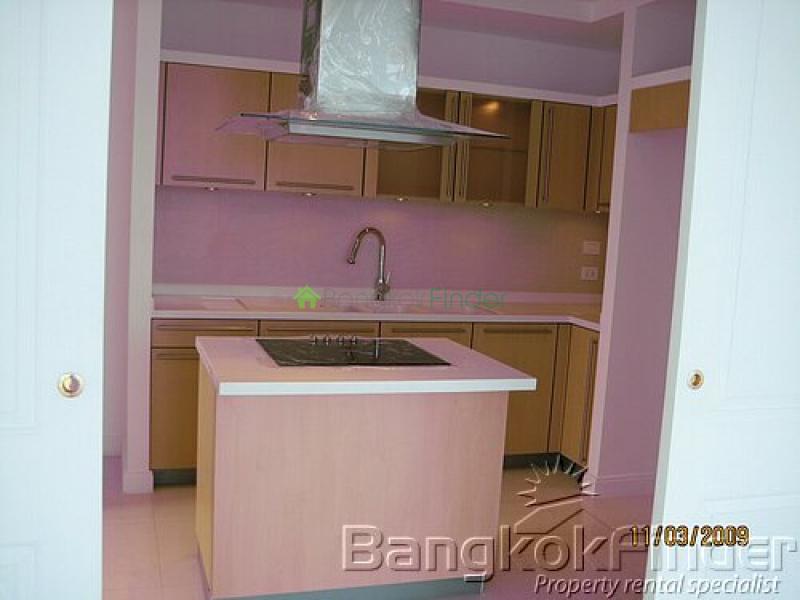 Ploenchit-Chidlom,Ploenchit-Chidlom,Bangkok,Thailand,3 Bedrooms Bedrooms,3 BathroomsBathrooms,Condo,Athenee Residence,Ploenchit-Chidlom,5004