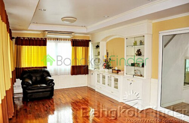 Phaholyothin,Phaholyothin,Bangkok,Thailand,4 Bedrooms Bedrooms,5 BathroomsBathrooms,House,Phaholyothin,5019